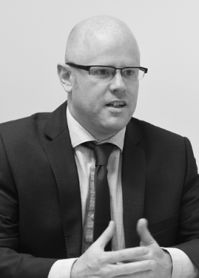 Litigation - Senior Assocaite solicitor - Andrew Holden