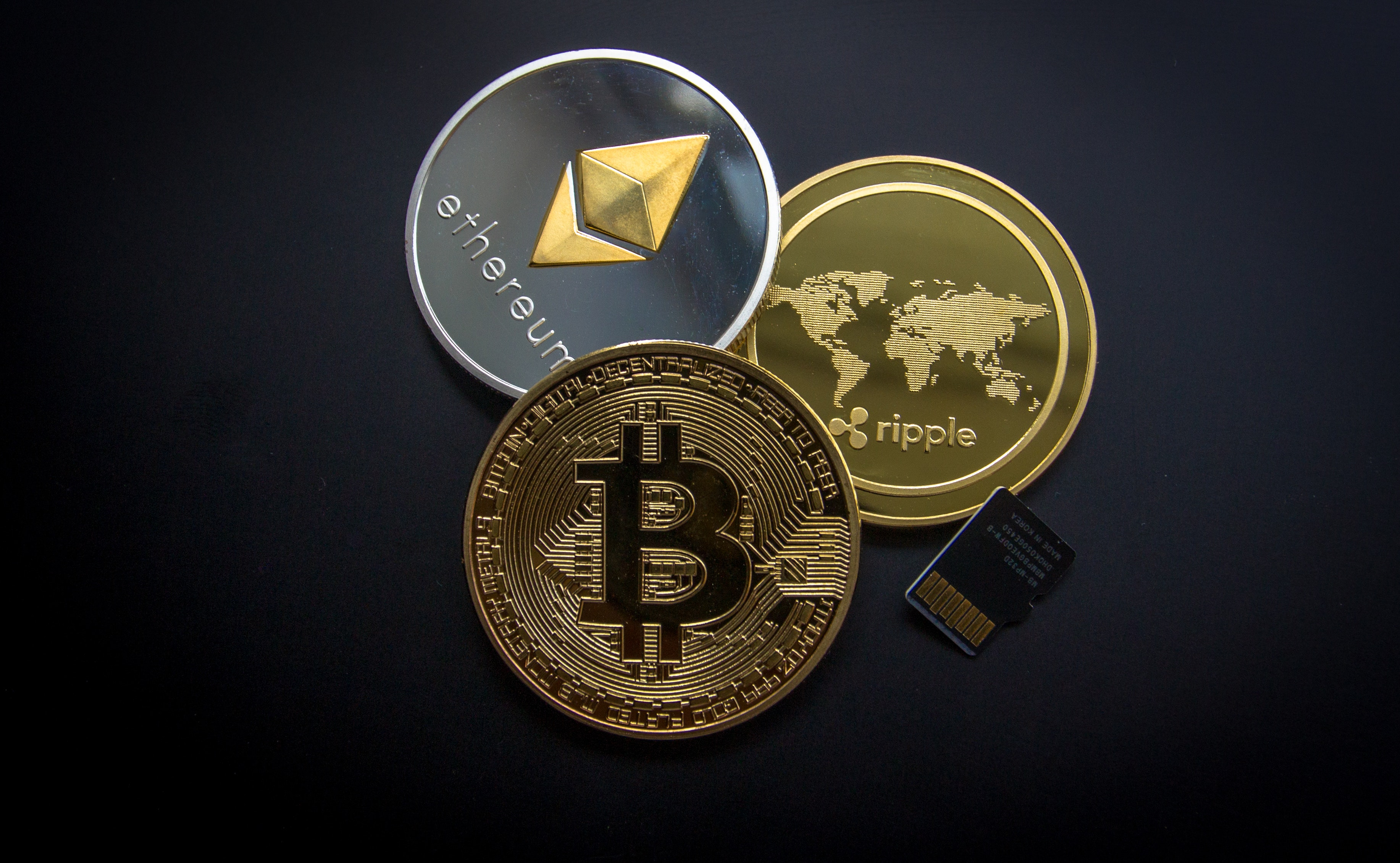 cryptocurrency Photo by Worldspectrum from Pexels